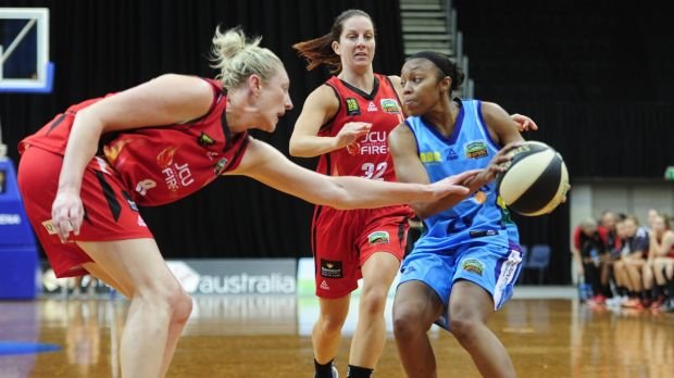 Capitals import Renee Montgomery scored 25 points in her team's loss to Townsville.