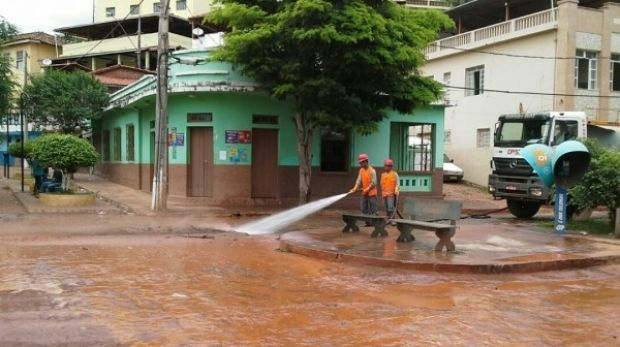 Samarco issued this photo last week showing a clean-up team at work in Barra Longa, Minas Gerais, downstream from the ...
