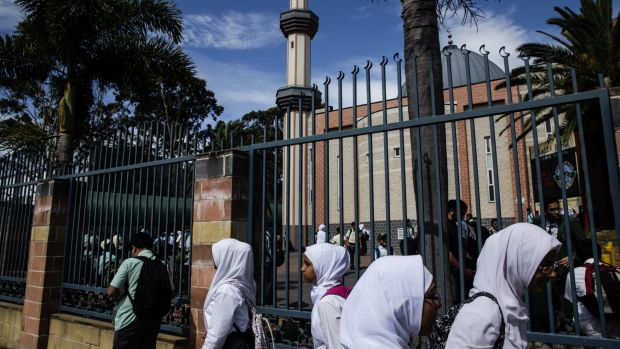 Australia's largest Islamic school has lost up to $19 million in Commonwealth funding.