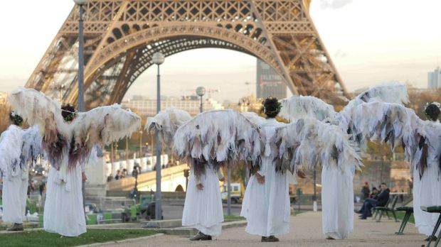 Environment activists plan to defy Paris ban on protests ...