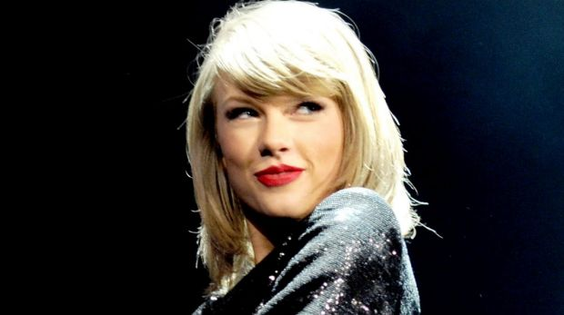 Taylor Swift bans media from Hamilton Island where she is relaxing with friends and family.