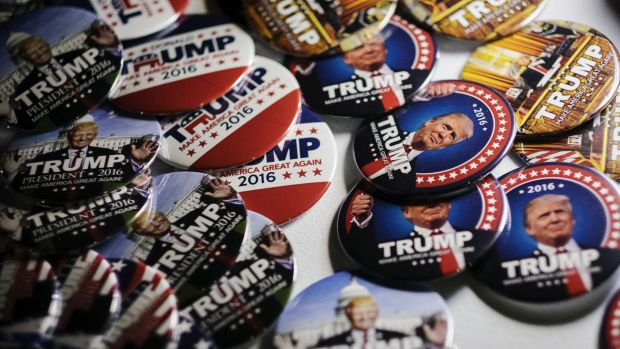 Trump 2016 campaign badges.
