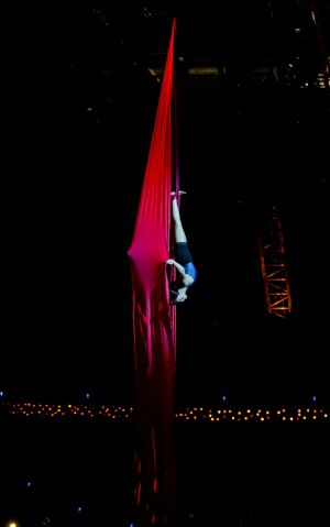 Quidam: Julie Cameron training with the aerial contortion in silk.