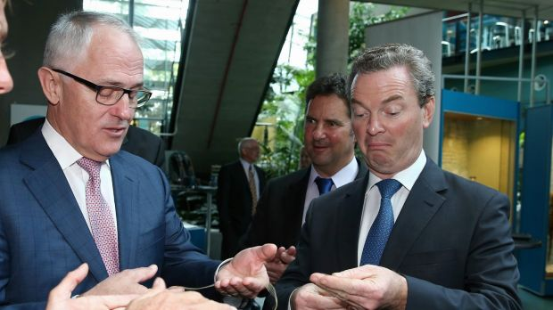 Prime Minister Malcolm Turnbull and Minister for Industry, Innovation and Science Christopher Pyne look at samples of ...