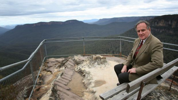Strong voice: Bob Debus at Leura in the Blue Mountains in 2007. The former NSW environment minister said a federal ...