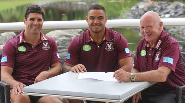 New start: Dylan Walker with Trent Barrett and Bob Fulton.