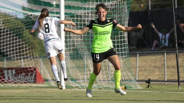 Canberra United player Ashleigh Sykes is one of the most dangerous players in the W League.