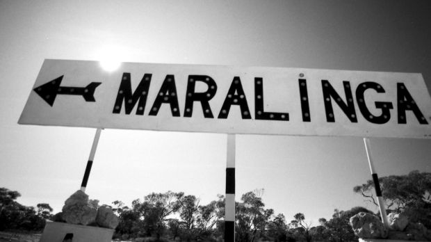 A sign pointing towards the Maralinga test site in South Australia in 1984.