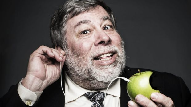 Apple co-founder Steve Wozniak brings a techie angle to Comic Con in Silicon Valley.