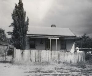 Cantle's Cottage from the front in 1975.
