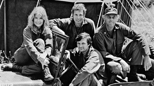 "The cast of <i>M*A*S*H</i>, from left: Loretta Swit (Margaret ""Hot Lips"" Houlihan), Wayne Rogers (Trapper John), McLean ..."