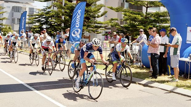 Caleb Ewan (right), finishes first in the Criterium at last year's event.