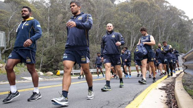 Brumbies coach Stephen Larkham dropped the squad on the side of the road and made them walk back to the team's Thredbo base.