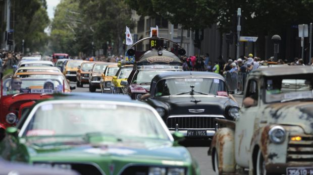 Summernats comes to Canberra with the Super Cruise down Northbourne Avenue.