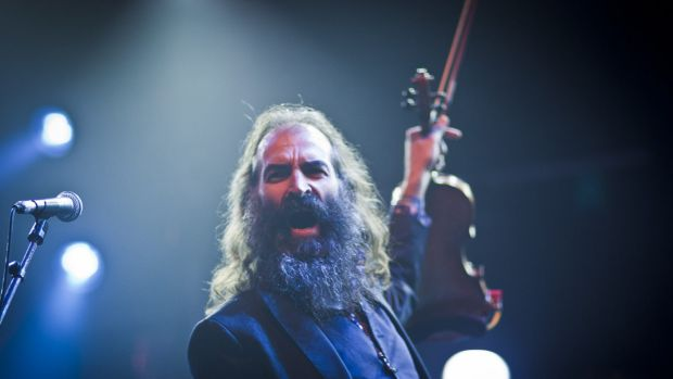 The Dirty Three's mercurial violinist Warren Ellis in action.