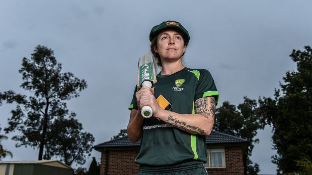 Adelaide's Sarah Coyte helped spearhead an emphatic 50-run victory over the Stars.