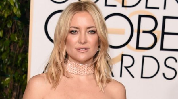 BEVERLY HILLS, CA - JANUARY 10:  Actress Kate Hudson attends the 73rd Annual Golden Globe Awards held at the Beverly ...