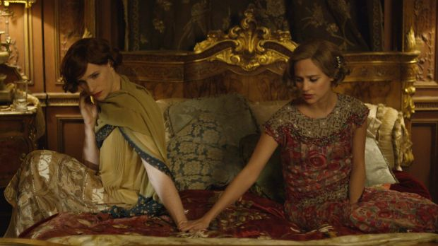 Lili Elbe (Eddie Redmayne) and Gerda Wegener (Alicia Vikander) remain close, living together as two women.
