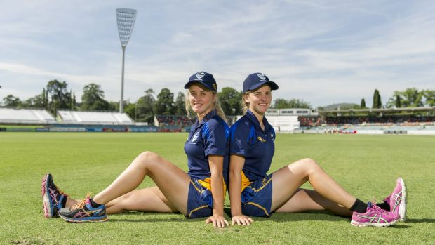 Grace and Naomi McDonald have been playing cricket together since they were 10.