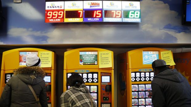 Americans scrambling to buy lottery tickets before Wednesday's draw.