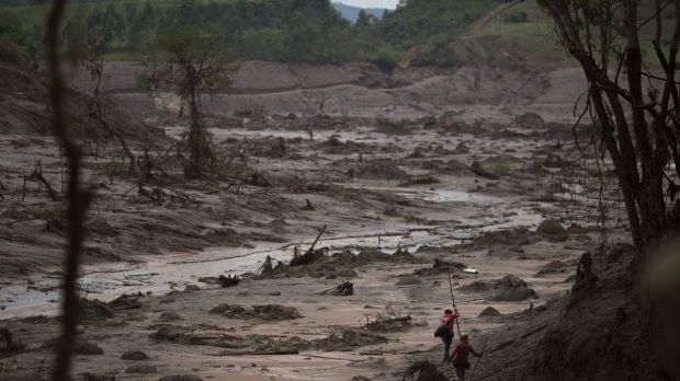 The Samarco dam disaster unleashed a massive wave of mud.