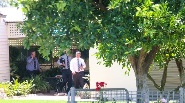 Police arrive and door knock at the house of the man who gave Karen Chetcuti tomatoes on the day she went missing.  ...