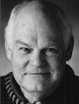 Malcolm Robertson made an outstanding contribution to the development and production of local theatre and Australian ...