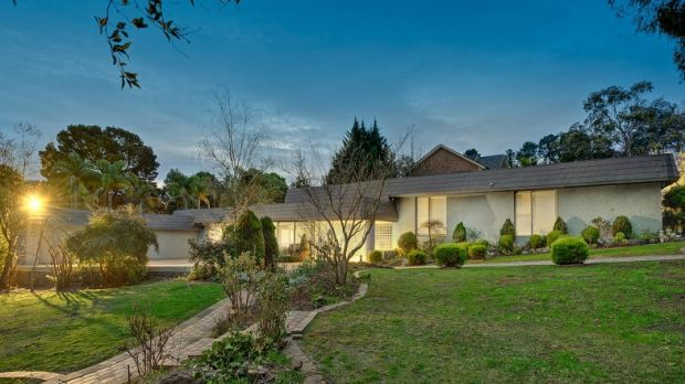 Mt Waverley home at 35-37 Regent Street sold last year, forced to sell for $5.1 million