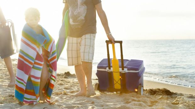 A modern version of the Willow cooler for lugging cool drinks to the beach.