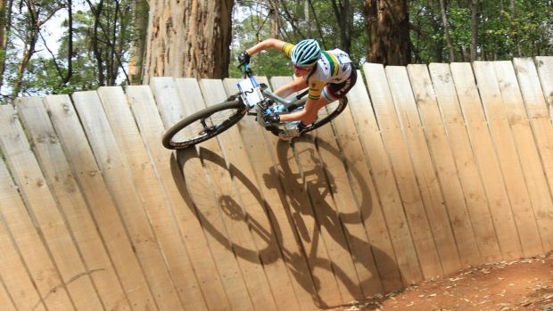 Canberran Rebecca Henderson on her way to winning back-to-back races at the National MTB Series at Pemberton.