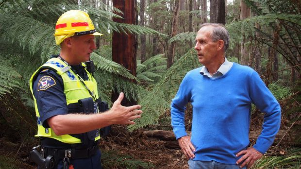 Bob Brown is arrested in Tasmania. Under controversial new laws which prevent protests at workplaces, the former Greens ...