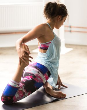 """""""Moving your body in a really joyful way is a great way to develop a better body image,"""" psychologist and curvy yoga ..."""