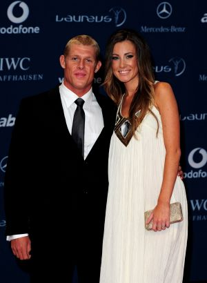 Mick Fanning and his wife Karissa Dalton have announced their separation.