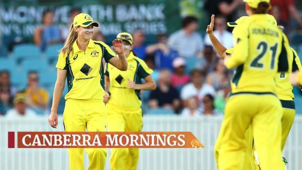 Ellyse Perry took 4-45 on top of her 90 runs as the Southern Stars dismantled India at Manuka Oval on Tuesday.