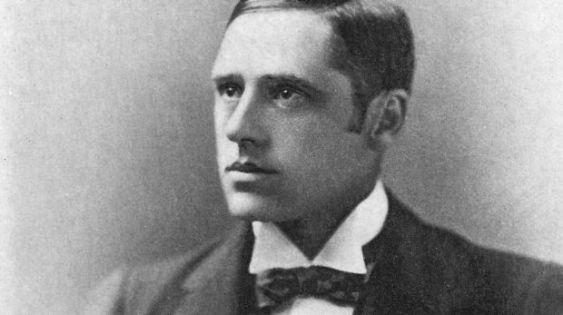 No doubt Banjo Paterson in his youth pursued the opposite gender with the enthusiasm of a winner at the races.