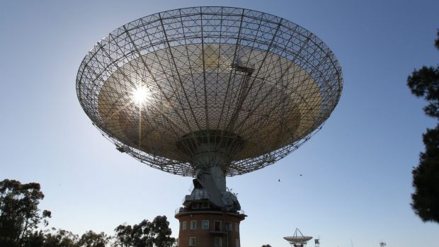 CSIRO's radio telescope in Parkes: Is anybody listening?