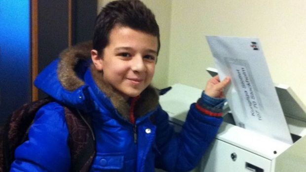 Ahmed, a 12-year-old Syrian migrant, mails a letter to the King of Sweden.