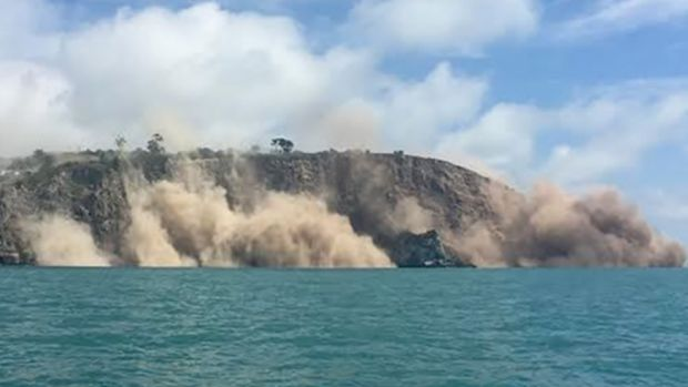 Nick Smith was out on a Jetski tour when the earthquake hit near Christchurch.