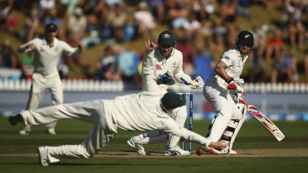 Chancing his luck: New Zealand's Brendon McCullum offers a catch to Steve Smith.