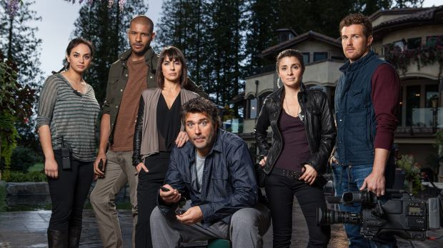The cast of UnReal, a behind-the-scenes dramatisation of the making of a dating show.