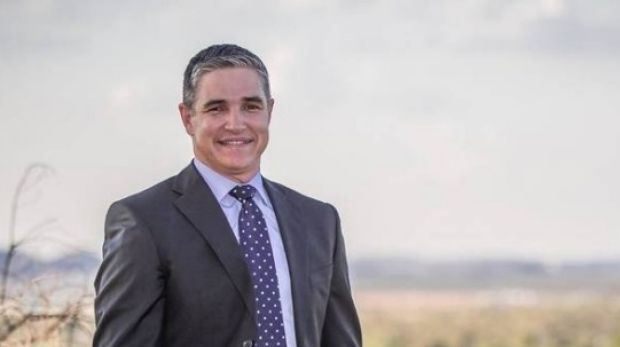 State Member for Mt Isa Rob Katter.