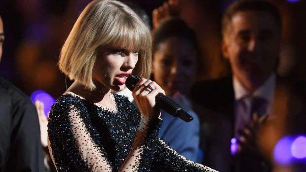 Taylor Swift kicked off the Grammy Awards with a barn storming performance.