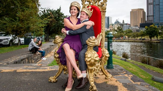This year's Moomba Monarchs Michelle and Stevie Payne are crowned in Alexandra Gardens.