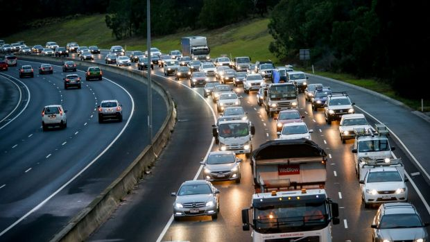 Morning traffic jam on the Eastern Freeay. 18 February 2016. The Age NEWS. Photo: Eddie Jim.
