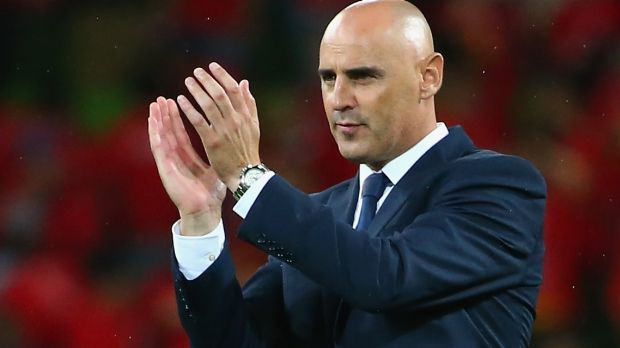 Melbourne Victory coach Kevin Muscat acknowledges the fans after Victory defeated Shanghai SIPG on Wednesday night.