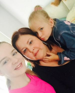 Maree Guse and her daughters, Chloe, 15 and Karlee, 8.