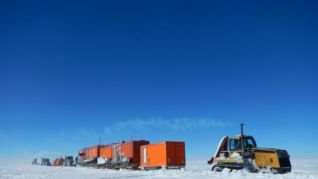 The convoy that traversed 1300 kilometres into Antarctica.