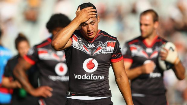 Roger Tuivasa-Sheck of the Warriors wipes away sweat during a recent warm-up session