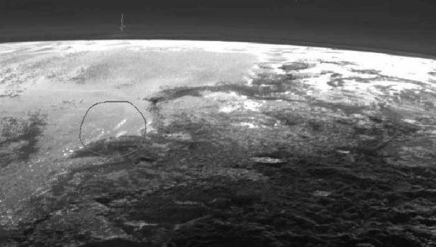 New Horizon images of Pluto with markings highlighting possible cloud formations.