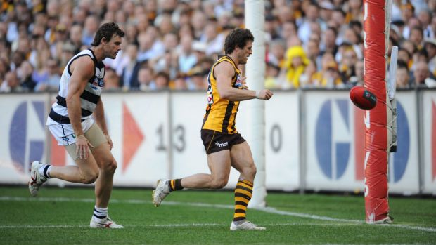 Campbell Brown rushes a behind during the 2008 grand final, before the rushed behind rule was brought in